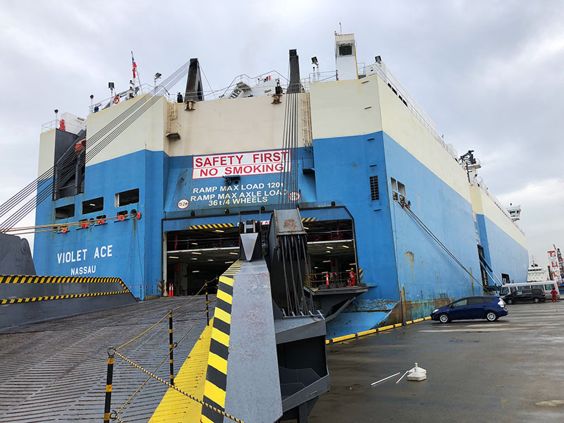 Touring a pure car carrier and a test drive of the latest hybrid car