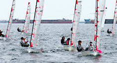 Small sailing dinghies